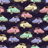 Modello senza cuciture dell'automobile d'annata, retro fondo del fumetto Automobili multicolori sul beige Per la progettazione de Fotografie Stock
