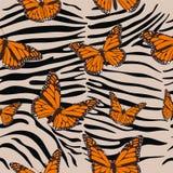 Modello senza cuciture della zebra Stampa animale con le farfalle Tendenza barrocco Illustrazione di vettore royalty illustrazione gratis