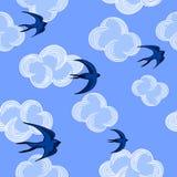 Modello senza cuciture delle nuvole e dei gabbiani sui precedenti del cielo blu Illustrazione di vettore Immagini Stock