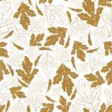 Modello senza cuciture di autunno con le foglie dorate isolate su fondo bianco Illustrazione disegnata a mano di vettore Fotografia Stock Libera da Diritti