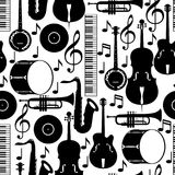 Modello senza cuciture di musica di jazz con gli strumenti musicali royalty illustrazione gratis