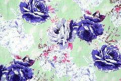 Modello senza cuciture di progettazione di Rosa su tessuto come fondo Immagine Stock