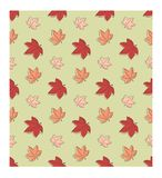 Modello senza cuciture di SSimple Foglie di acero di autunno a colori i colori caldi immagini stock libere da diritti