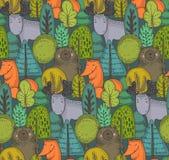 Modello senza cuciture di vettore con gli animali selvaggi disegnati a mano della foresta, illustrazione vettoriale