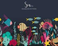 Modello senza cuciture di vettore con le piante subacquee della barriera corallina dell'oceano, i coralli ed il pesce esotico illustrazione di stock