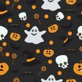 Modello senza cuciture di vettore per Halloween Zucca, fantasma, pipistrello, caramella ed altri oggetti sul tema Fumetto luminos Immagini Stock Libere da Diritti