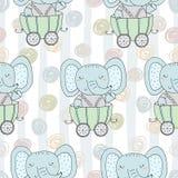 Modello senza cuciture disegnato a mano con l'elefante sveglio nel rimorchio Stampa del modello per i bambini Fotografia Stock