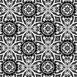 Modello senza cuciture floreale del pizzo bianco sul nero Fotografie Stock