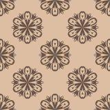 Modello senza cuciture floreale di Brown su fondo beige Fotografie Stock