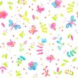 Modello senza cuciture floreale felice e luminoso con i fiori e le foglie disegnati a mano dell'acquerello Fotografia Stock