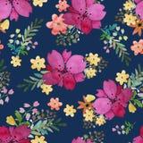 Modello senza cuciture floreale romantico con i fiori e la foglia rosa Stampa per la carta da parati del tessuto senza fine Acque Immagine Stock Libera da Diritti