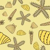 Modello senza cuciture giallo disegnato a mano del mare Fotografia Stock