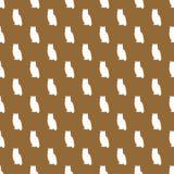 Modello senza cuciture marrone chiaro con Owl Silhouettes bianco Immagine Stock