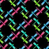 Modello senza cuciture nero rosa verde blu della libellula Fotografie Stock Libere da Diritti