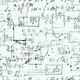 Modello senza cuciture, operazioni matematiche e funzioni elementari, aritmetica senza fine sulla carta di griglia del quaderno Fotografia Stock Libera da Diritti