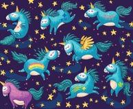 Modello senza cuciture sveglio con gli unicorni nel cielo notturno Fotografie Stock Libere da Diritti