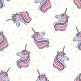 Modello senza cuciture variopinto con le teste dell'unicorno Contesto con le creature magiche con il corno, gli animali di favola illustrazione di stock
