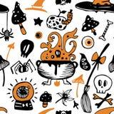 Modello senza cuciture variopinto di Halloween di vettore con con la scopa, mela, palelle, funghi royalty illustrazione gratis