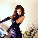 Modello sexy con il flash dell'anello Fotografia Stock Libera da Diritti