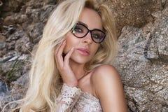 modello sexy della ragazza della donna in occhiali da sole Immagini Stock