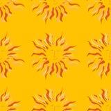 Modello soleggiato sveglio e divertente Sun Fondo giallo wallpaper Fotografie Stock Libere da Diritti