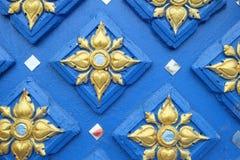 modello sulla parete del tempio in Tailandia Fotografie Stock Libere da Diritti