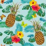 Modello tropicale con gli ananas Immagini Stock