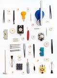 Modello verticale dall'orologio che ripara gli strumenti Immagine Stock