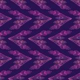Modello viola senza cuciture con le frecce floreali Vettore Fotografia Stock Libera da Diritti