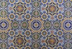 Modelo árabe, ornamento islámico oriental Teja marroquí, o mosaico tradicional del zellij marroquí imagenes de archivo