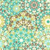 Modelo étnico colorido inconsútil con las mandalas en estilo oriental Los tapetitos redondos con azul, marrón, verde se encrespan Imagen de archivo