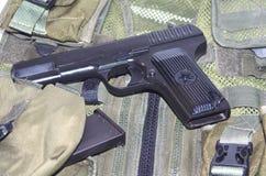 Modelo acertado del arma soviético TT (ejemplo de la mano del ejército de 1943) Foto de archivo