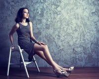 Modelo adolescente en el estudio Fotografía de archivo libre de regalías