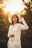 Modelo adolescente hermoso en vestido Fotos de archivo libres de regalías