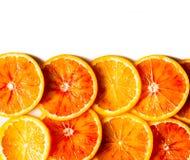 Modelo anaranjado brillante en un fondo blanco Imagenes de archivo
