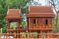 Modelo antiguo del estilo de las casas tailandesas foreshorten Imagen de archivo