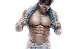 Modelo atlético forte Torso da aptidão do homem que mostra seis Abs do bloco. fotos de stock royalty free
