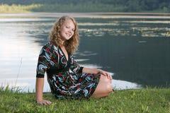 Modelo bastante adolescente al aire libre Imagen de archivo