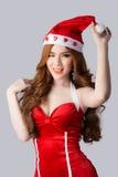 Modelo bonito da mulher de Ásia na roupa de Santa Claus Fotos de Stock Royalty Free