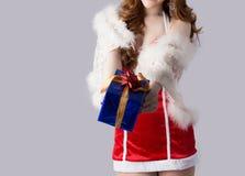 Modelo bonito da mulher de Ásia na roupa de Santa Claus Imagens de Stock