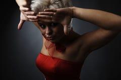 Modelo bonito vestido como o fairy da forma Imagens de Stock