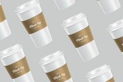 Modelo branco do copo de café do teste padrão no fundo imagem de stock royalty free