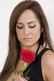 Modelo brasileiro com uma Rosa Fotografia de Stock Royalty Free