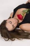 Modelo brasileiro com uma Rosa Fotos de Stock Royalty Free