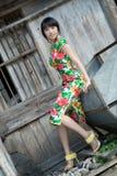 Modelo chinês do cheongsam Fotografia de Stock