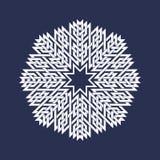 Modelo circular en las líneas estilo de intersección asiáticas Mandala acentuada del blanco ocho en forma del copo de nieve Fotos de archivo