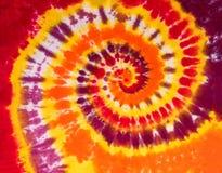 Modelo colorido del diseño del espiral del remolino del teñido anudado fotos de archivo