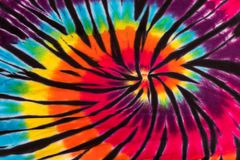 Modelo colorido del diseño del espiral del remolino del teñido anudado Imágenes de archivo libres de regalías