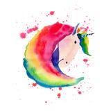 Modelo colorido mágico de hadas lindo precioso brillante del unicornio en el ejemplo rojo de la mano de la acuarela del fondo del Imagen de archivo libre de regalías