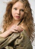 Modelo com cabelo ondulado longo Imagem de Stock Royalty Free